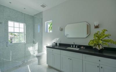 7140 Queenferry Cir Boca Raton-large-030-29-Bathroom-1478x1000-72dpi